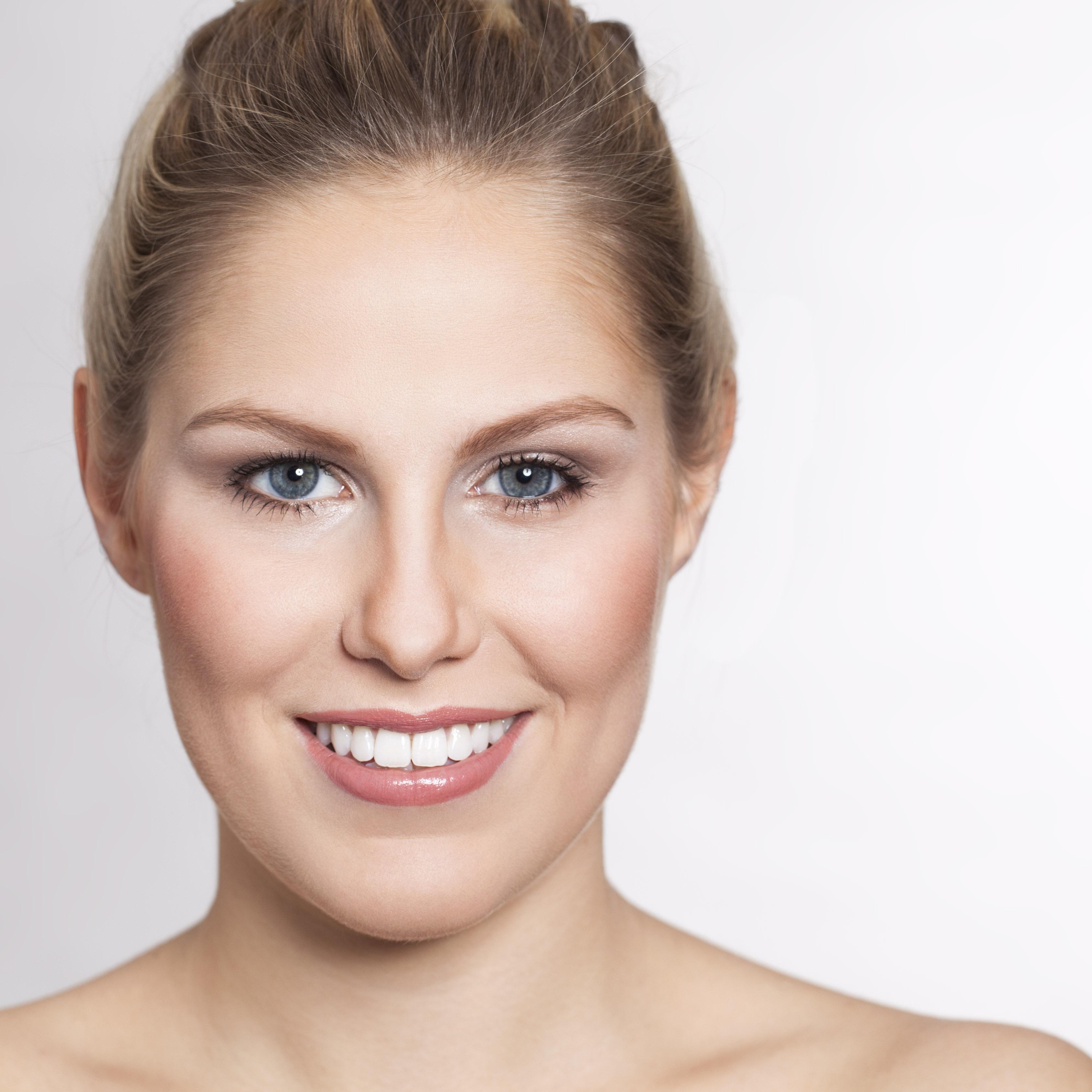 Photo by Lisa Schmidt - Make-up by Julia Dieckmann | Make-up Artist